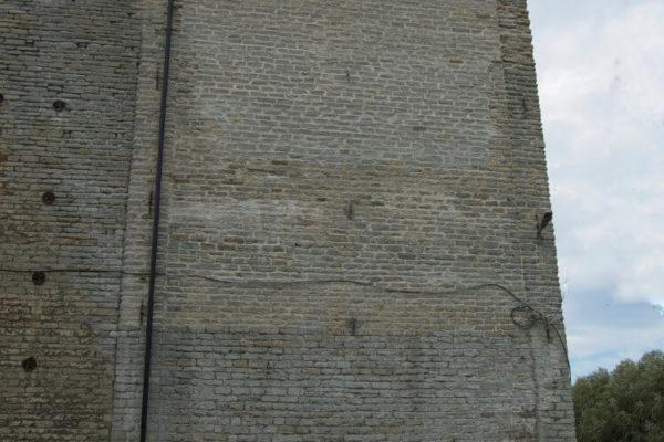Rotermannis kiviseina taastamine pikk